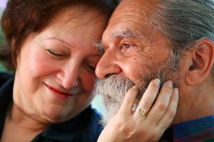 Happy old couple Ian MacKenzie Flickr CC