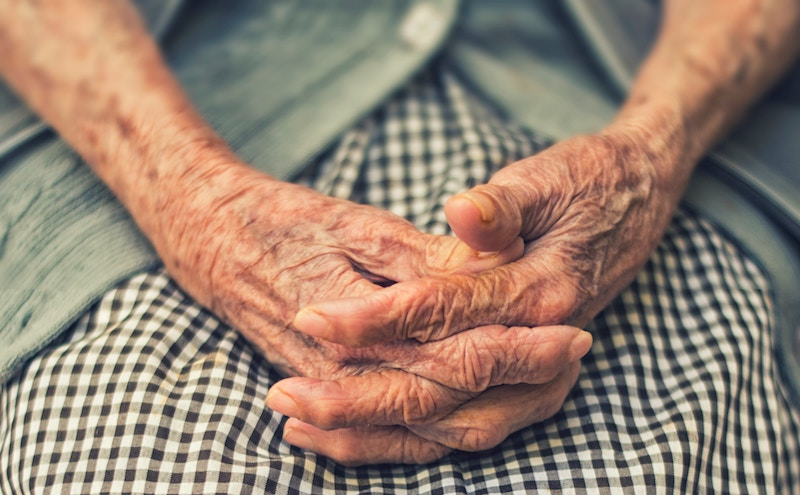 What's the Difference Between Alzheimer's and Dementia?